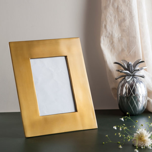Metal Gold photo frame