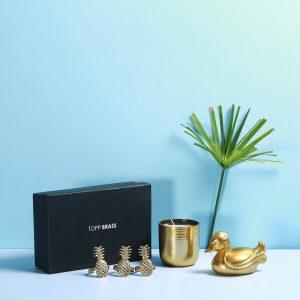 Rs 2500 Gift box : Topp Brass