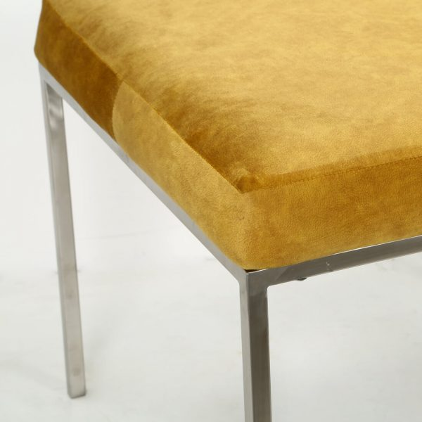 topbrass : cushioned bench